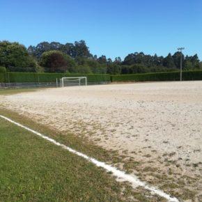 Ciudadanos lamenta que, una temporada más, en el campo de fútbol de Carnoedo sólo se hagan parches