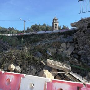 Cs A Cañiza lamenta el estado de derrumbe del muro al pie del velatorio en Miñoteira- Valeixe