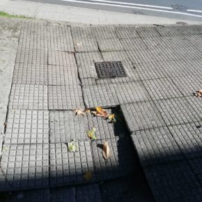 Ciudadanos solicita la reparación de los desperfectos existentes en Avda Rodriguez de Viguri de Santiago