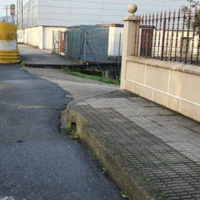 """Fontán: """"Hay que reducir los bordillos de las aceras de la Avenida de Lugo"""""""